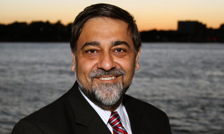 Vivek Wadhwa - Technology The Future Business Strategy Innovation  Speaker